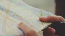 V Slovenskom múzeu máp nad turistickou mapou