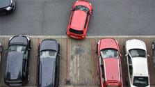 Kontrola parkovania pomocou špeciálneho vozidla