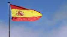 Kinek áll a zászló Spanyolországban?