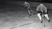 Za hokej vďačíme študentom v oblekoch