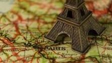 Prívlastok: Paríž