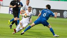 Убедительная победа футболистов в Баку