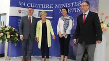 Los ministros del V4 abordaron la protección de la cultura tradicional