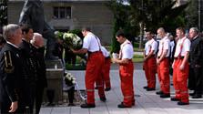 Памятная церемония «День белых роз» прошла в Ганловой
