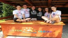 Fiatal medikusok a Bátor Táborban