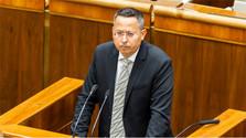 Kamenický avisa que no será posible un presupuesto equilibrado