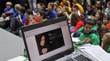 Un 84 % de los padres teme por la seguridad de sus hijos en internet
