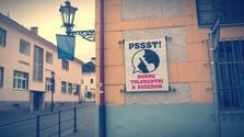 Poézia mesta: PSST! Buďme tolerantní k susedom