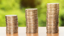 Nízky záujem o mladomanželské pôžičky