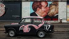 Berlínsky múr pomohla zrútiť aj hudba