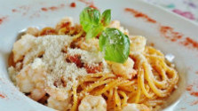Špagety s morskými plodmi na bielom víne