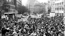 La nueva plaza Nežnej revolúcie - de la Revolución de Terciopelo