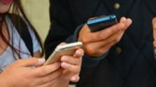 Glosa: Úvaha nad rozhovormi cez mobilné telefóny
