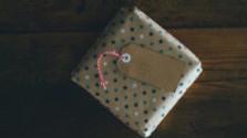 Glosa: Kúpte si darček