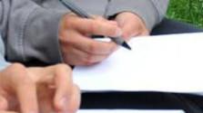 V Komárne ľudia spisujú petíciu