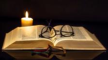 Kniha kníh prehovorí ku všetkým - fíčer o preklade Biblie
