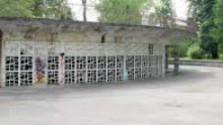 Chátrajúci amfiteáter v Piešťanoch
