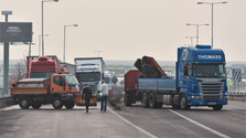 El Gobierno y los transportistas llegan a un preacuerdo que pone fin a la huelga de camioneros