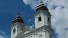 Rímskokatolícky kostol Mena Panny Márie vo Veľkých Levároch