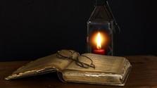 Neroztrhané listy, nespálené kroniky