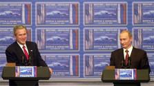 Calendrier historique : 15 ans depuis la rencontre Bush-Poutine à Bratislava