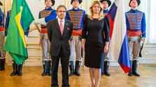 El secretario del estado de la cartera de Exteriores recibe al nuevo embajador de Brasil