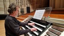 An der größten Orgel der Slowakei zu Gast: Willibald Guggenmos