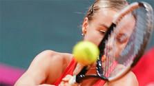 Tenistka Schmiedlová prekvapila