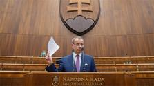 Eligen a nuevo presidente del Parlamento eslovaco en sesión constitutiva de este órgano
