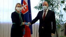 US Ambassador discusses coronavirus crisis at Defence Ministry