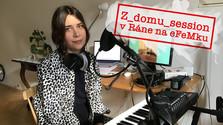 Vypočujte si koncert z obývačky Moniky Midriakovej