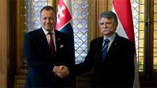 Le président du parlement en Hongrie