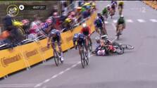 Peter Sagan Tour de France pád 3. etapa.png