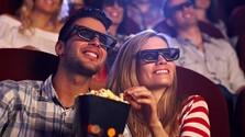 Pár v kine