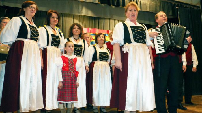 Súzvuky spevácke karpatskí Nemci_TASR.jpg