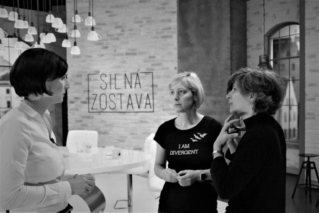 Silna zostava_O. Bakova, A. Horecna, L. Stanek.jpg