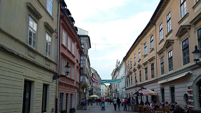 bratislava-strasse Karpatenblatt.jpg