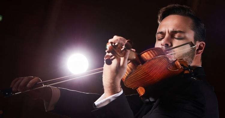 Záverečný koncert sezóny s huslistom Daliborom Karvayom