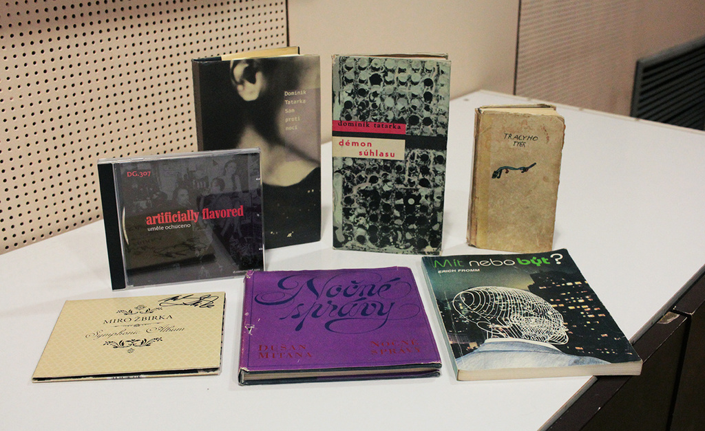 RA-snopko-knihy.jpg