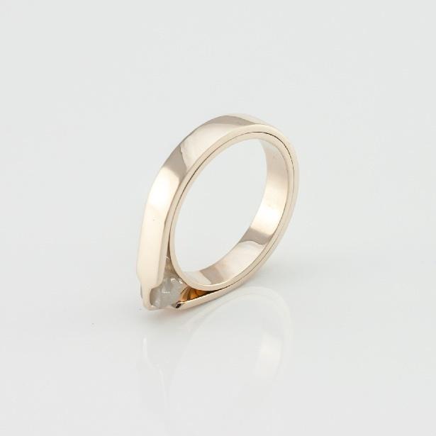 CO2 Infinite, prsteň so surovým diamantom, biele zlato.jpg