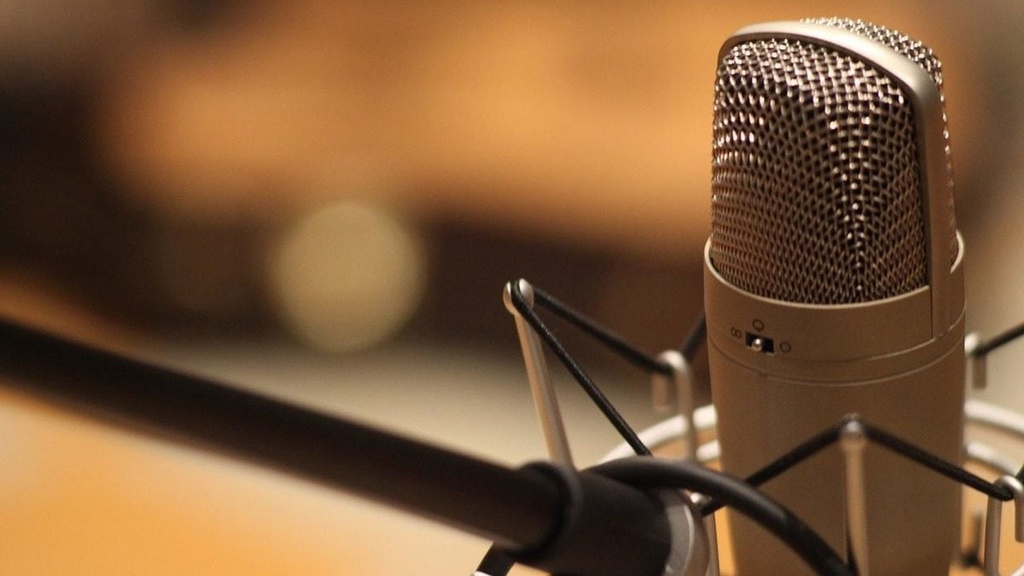 radio-mikrofon-pixa-e1503989323758.jpg