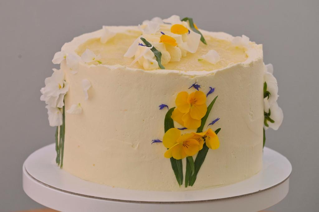 Vertikálna citrónová torta